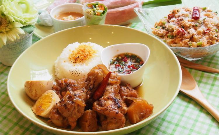 グアム&フィリピン料理 アドボ、ケラグエン、生トウモロコシのフリッター