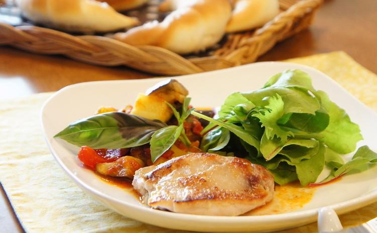 彩り夏野菜デリご飯*お持ち帰り有り『三日月ロールパン』&『クロッカン』