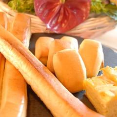フワフワでしっとり♪Wミルクパン&一口おやつパン