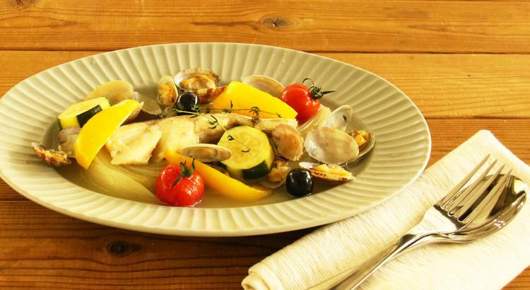 魚介とお野菜の旨味たっぷり!アクアパッツァ