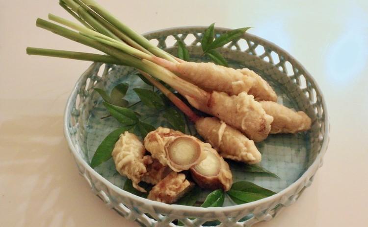 谷中生姜とミョウガの肉巻き揚