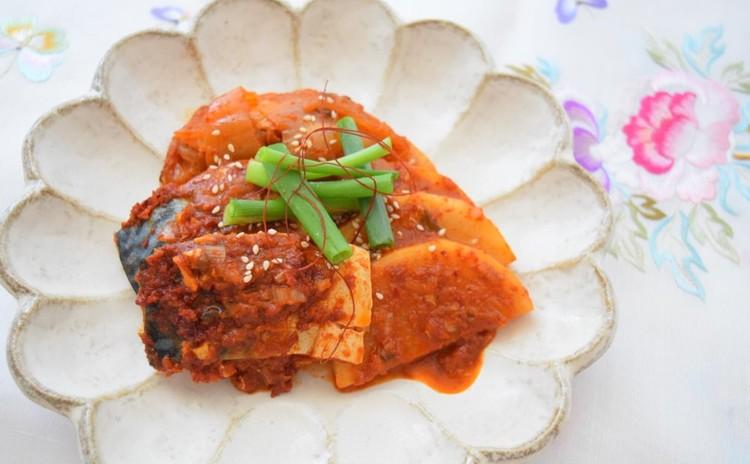 干しダラのスープ(プゴク)とサバとキムチの煮付け