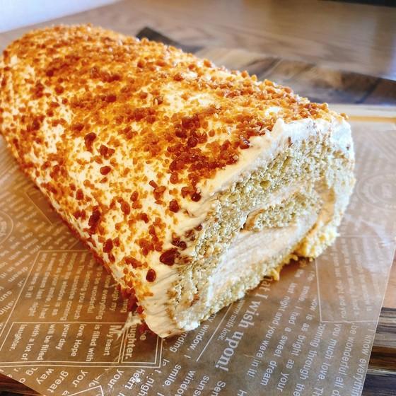 塩キャラメルロールケーキ