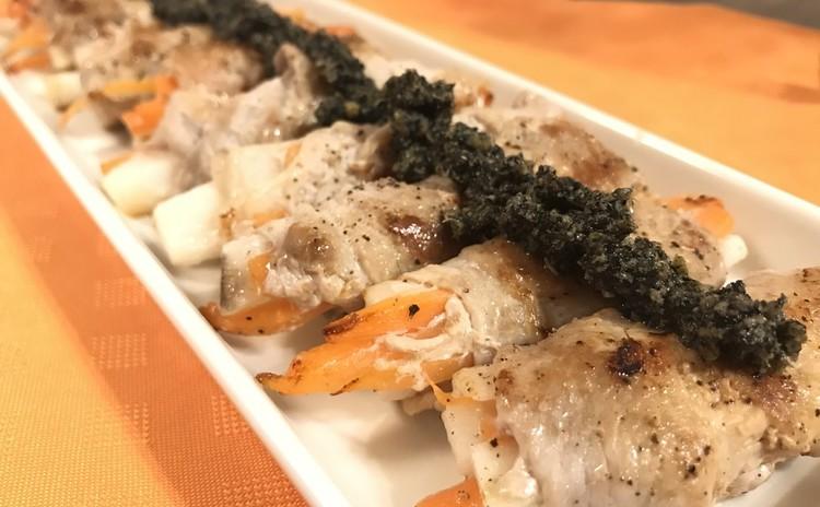 豚肉ロールの山椒胡麻ソース