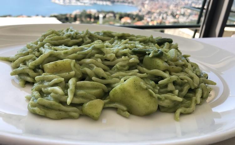 リビエラの爽やかな風と! 粉で巡るイタリア 北イタリア「リグーリア州」
