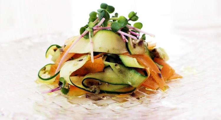 夏野菜のタプナードサラダ