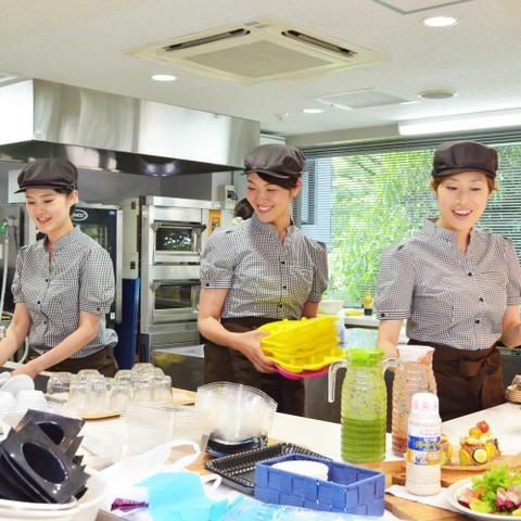 講師(左から加藤由香、浜岡優子、佐藤真弓)