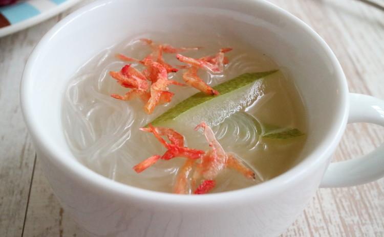 冬瓜と緑豆春雨のスープ