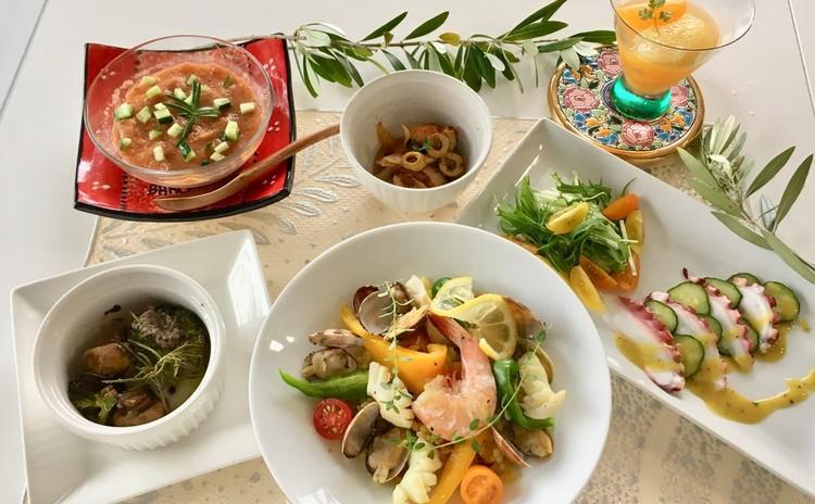 【スイーツorお土産付】シーフードパエリア♪スペイン料理メニュー全6品