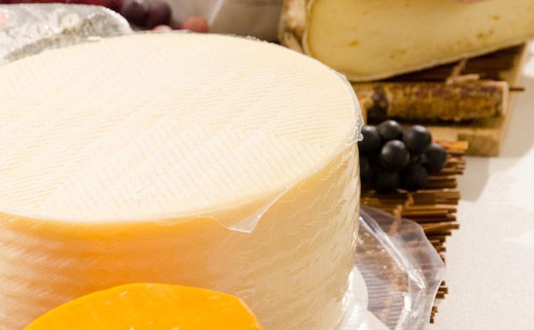夏のチーズの楽しみ方♡素敵な仲間と楽しむチーズとワインの会