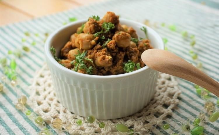 ヒヨコ豆のドライカレー