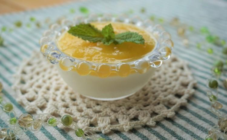 豆腐のレアチーズ風*桃のソースで