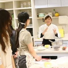 【旬スイーツ】秘密のフルーツロールケーキ