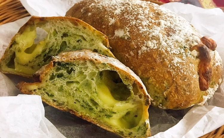 【パン】夏はこねない!アオサとチーズのチャバタ