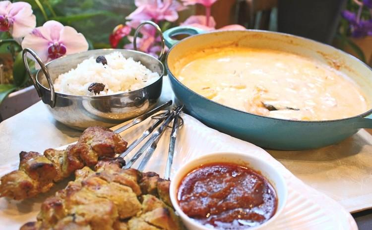 土曜日開催インドやインドネシアへ旅するギーやスパイスを使うトマトカリーやサテ