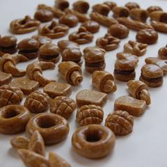 【プロが教える】『飾りパンで作るマグネット』』好きな形に20個作る