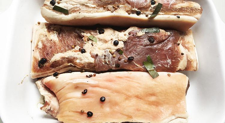 あぐー豚で作る!自然素材で作る手作りベーコン