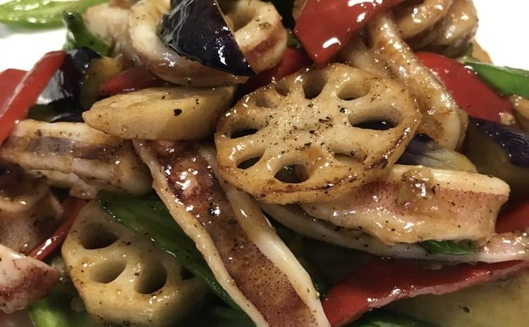 再:イカと野菜の黒胡椒炒め・牛肉サラダ・ピーマンの海老あん詰め豆豉ソース