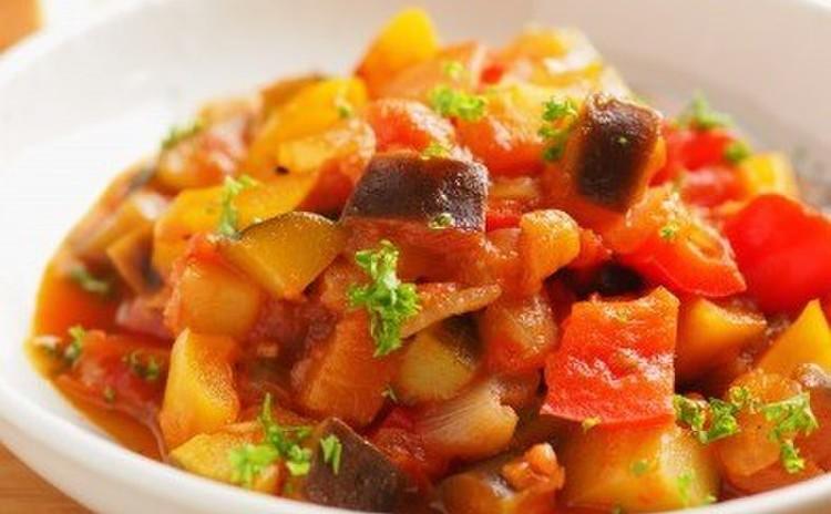 夏野菜でラタトゥイユパスタ