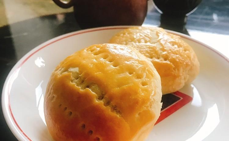 ワイフケーキ(老婆餅)
