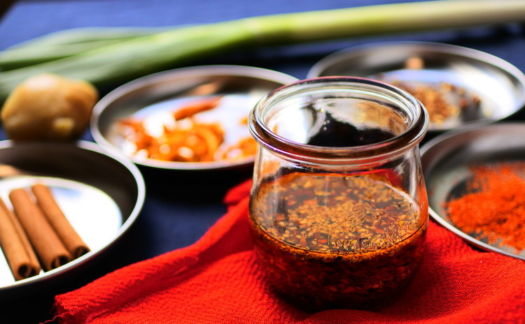 生地から作る♪もちもち水餃子と手作りラー油 全7品のリバイバルレッスン☆