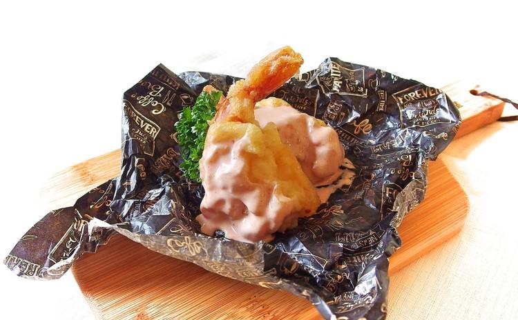 味自慢の行楽弁当♪かぶりつきチキン、えびとんフリッター、懐かしナポリタン 他、作り置き惣菜3品
