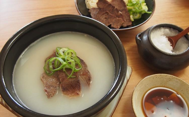 ソルロンタン(牛骨スープ)