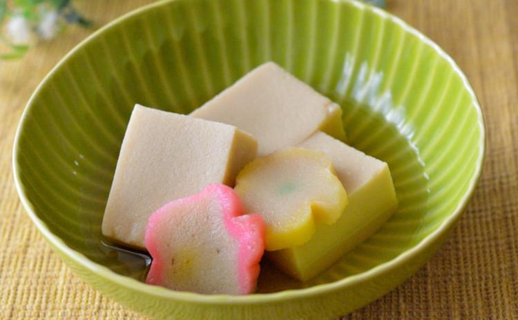高野豆腐と花麩の含ませ煮