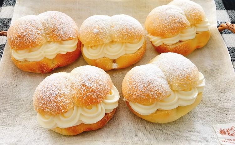 ハロウィンレッスンメニュー 南瓜あんパンとレモンチーズクリームパン(白神こだま酵母)