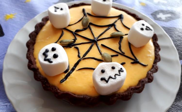 ★ハロウィンを楽しもう★ 南瓜のレアチーズタルト・南瓜ねじりパン・ブロッコリーのポタージュ