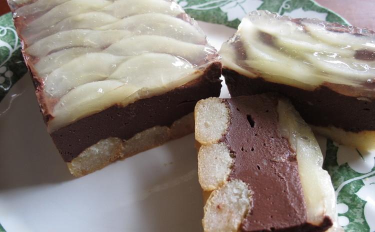 ニョッキリピエニ、カボチャのローストサラダ、洋梨とチョコレートのテリーヌ