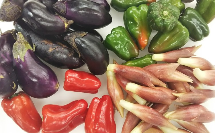 みんなで学ぶフードロス・規格外野菜を使った料理を食べる会