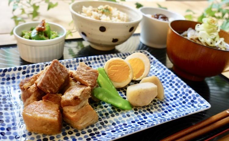 簡単いつもの美味しいおうちごはん・ストウブで作るトロトロ塩豚角煮