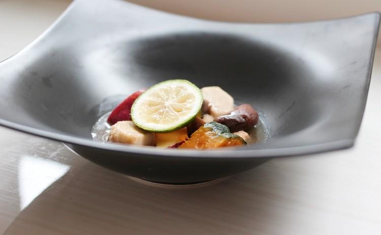 鶏松茸包焼き・ホワイトバルサミコのサラダ・秋の食材のほうじ茶のスープ・ウアラネージュ他❀お土産付