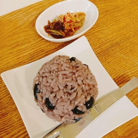 黒豆炊き込みご飯  自家製なめたけ&梅味噌添える