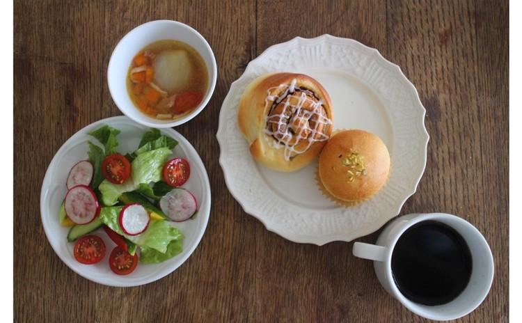 *リニューアル✻天然酵母でパン作り✻おしゃれ珈琲ろーる*カスタードからつくるクリームパン*サラダプレートスープ付き!*インスタントドライイーストの置換えもお伝えします!
