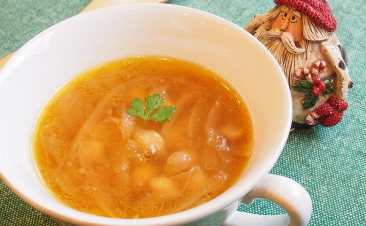 あめ色玉ねぎとひよこ豆のスープ