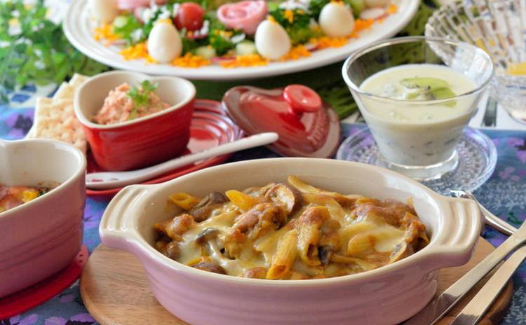 チキンカレーグラタンをメインに、スフレやパテも♪可愛いリースサラダでクリスマスメニュー♪
