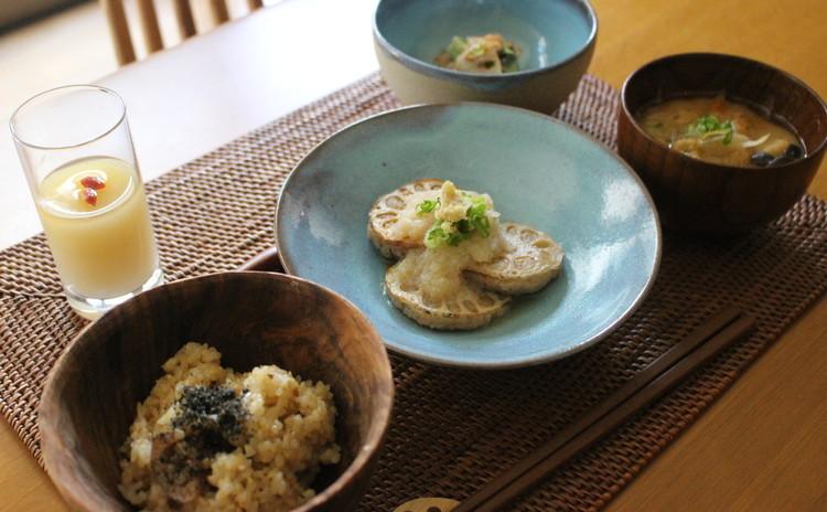 しゃきしゃき蓮根づくし♪ 冬に沢山食べたい旬野菜☆ノンシュガーでヘルシー☆もっちり玄米♪