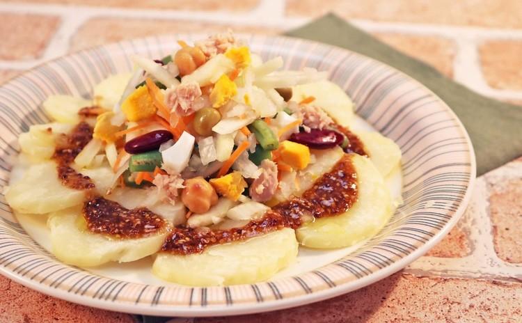 クレープをマスター!鶏肉ときのこのクレープ包み&お豆とたっぷりの野菜サラダ&クリスマスのお菓子♡ビルベッカ