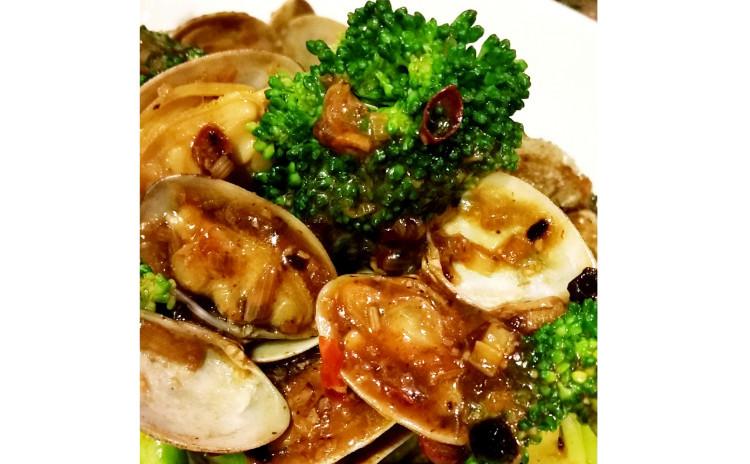 【砂糖不使用ヘルシー中華】アンチエイジング薬膳蒸しスープ、ブロッコリーとあさりの豆鼓炒め、牡蠣のオイル漬け※9月オープン特別価格