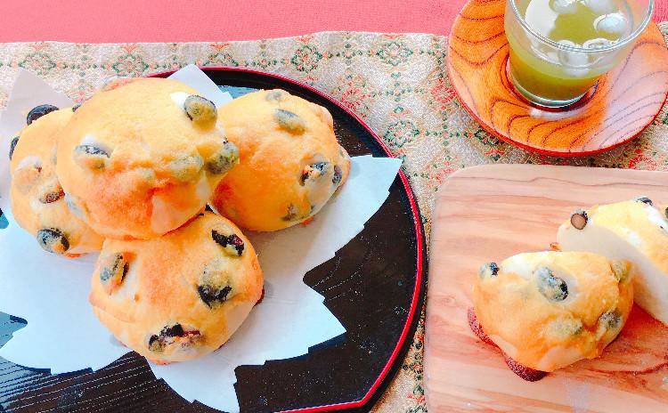 お正月準備♪黒豆ぱんととうふチーズケーキ &自分の書でランチョンマット作成