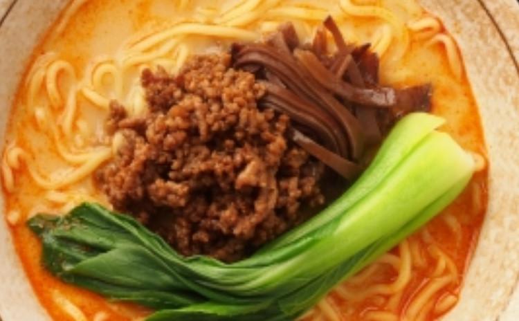 <胡麻油クッキング>感動の海老チリ❌自家製辣油で坦々麺❌カッコイイ春巻
