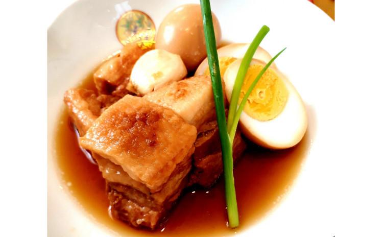 【おうち和食】お砂糖不使用だからくどくなく煮汁に脂も浮かない『魔法の豚の角煮』、ファン続出の『しらすとピーマンの山椒風味おばんざい』