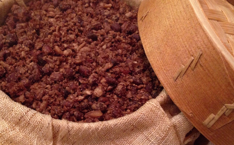 餅粉シルトック찰시루떡、サキイカ炒め、パレキムムチム、オサムブルゴギ、