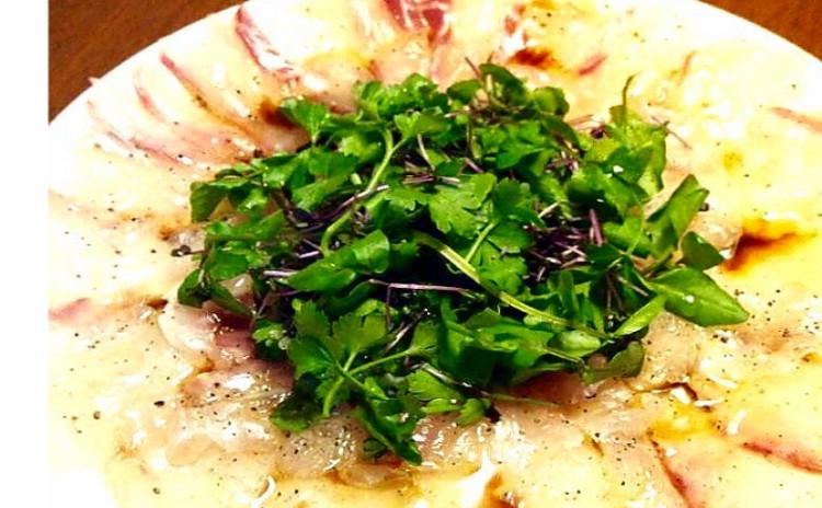 【ワインに合う3品】真鯛のカルパッチョ、砂肝とにんにくのコンフィ、トマトファルシ