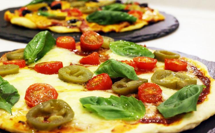 Xmasその⑤/ラムラックハーブ焼、コテージパイ、ピザ2種、デザート2種、全8品+α✿お土産付