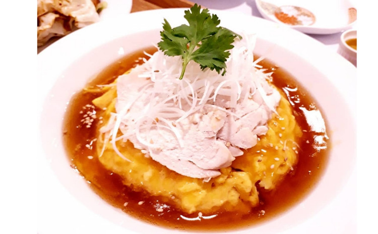 【砂糖不使用ヘルシー中華】海南鶏飯天津飯、ブロッコリーとアサリの豆鼓炒め