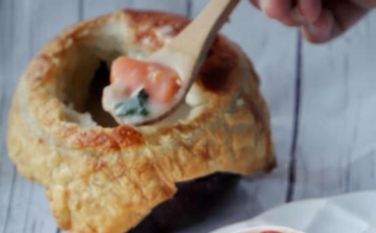 かわいい!バラのアップルパイ むちむち!クランベリーとライ麦ぱん ほっこり!パイシチュー