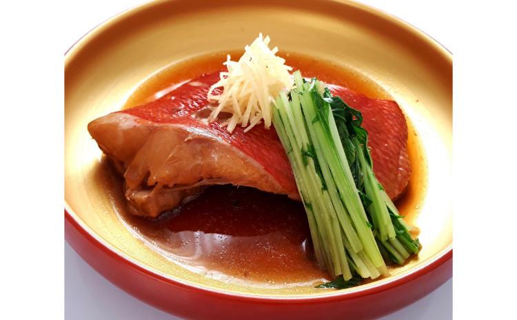 【砂糖不使用おうち和食】金目鯛の煮付け水菜添え、牛肉とごぼうのあっさり時雨煮、新米もち米で旬のサツマイモおこわ